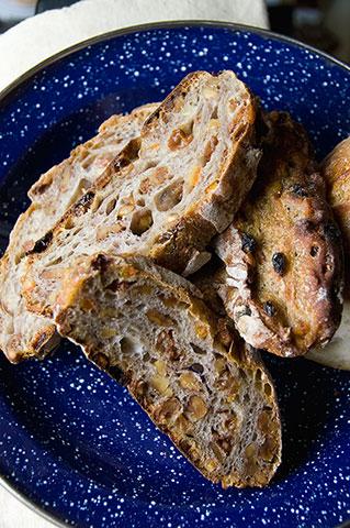 Aigues Vives のパン