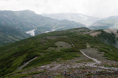 黒岳の山頂をすぎると大雪ともお別れです。